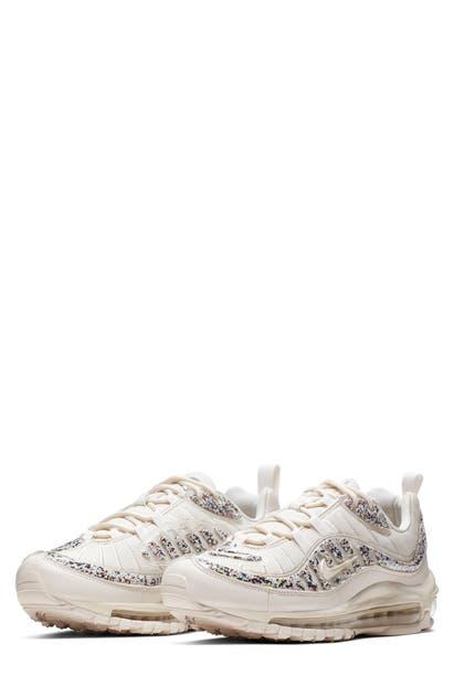 Air Max 98 Lx Sneaker in Phantom Black