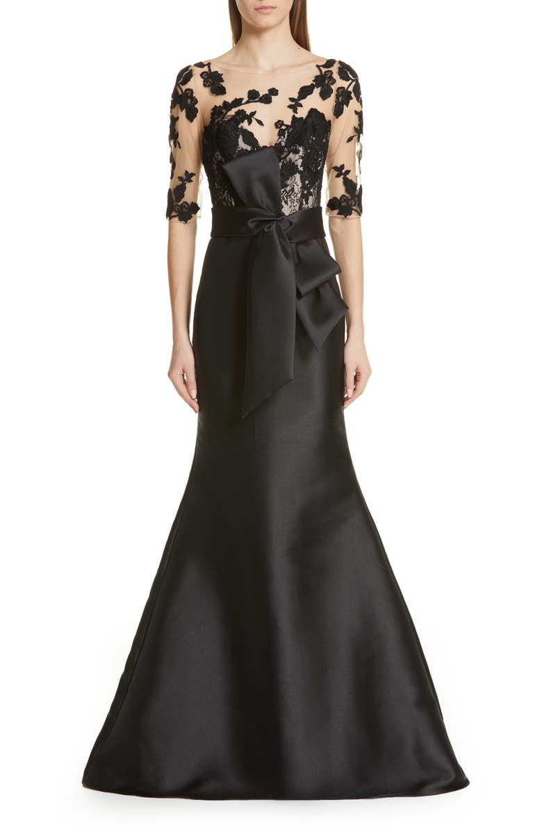 BADGLEY MISCHKA COLLECTION Badgley Mischka Lace Accent Bow Evening Dress, Main, color, 001