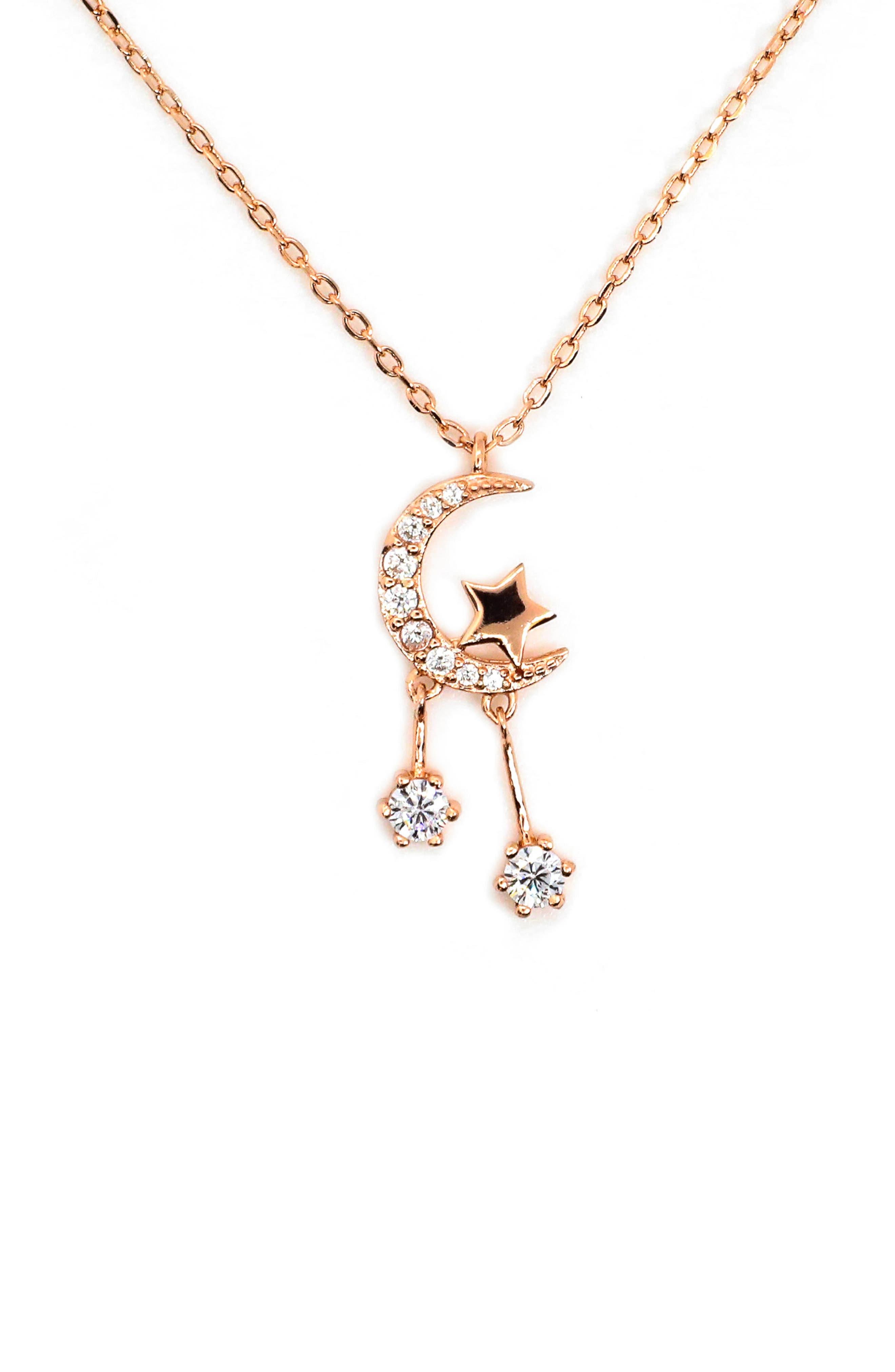 Luna Star Pendant Necklace