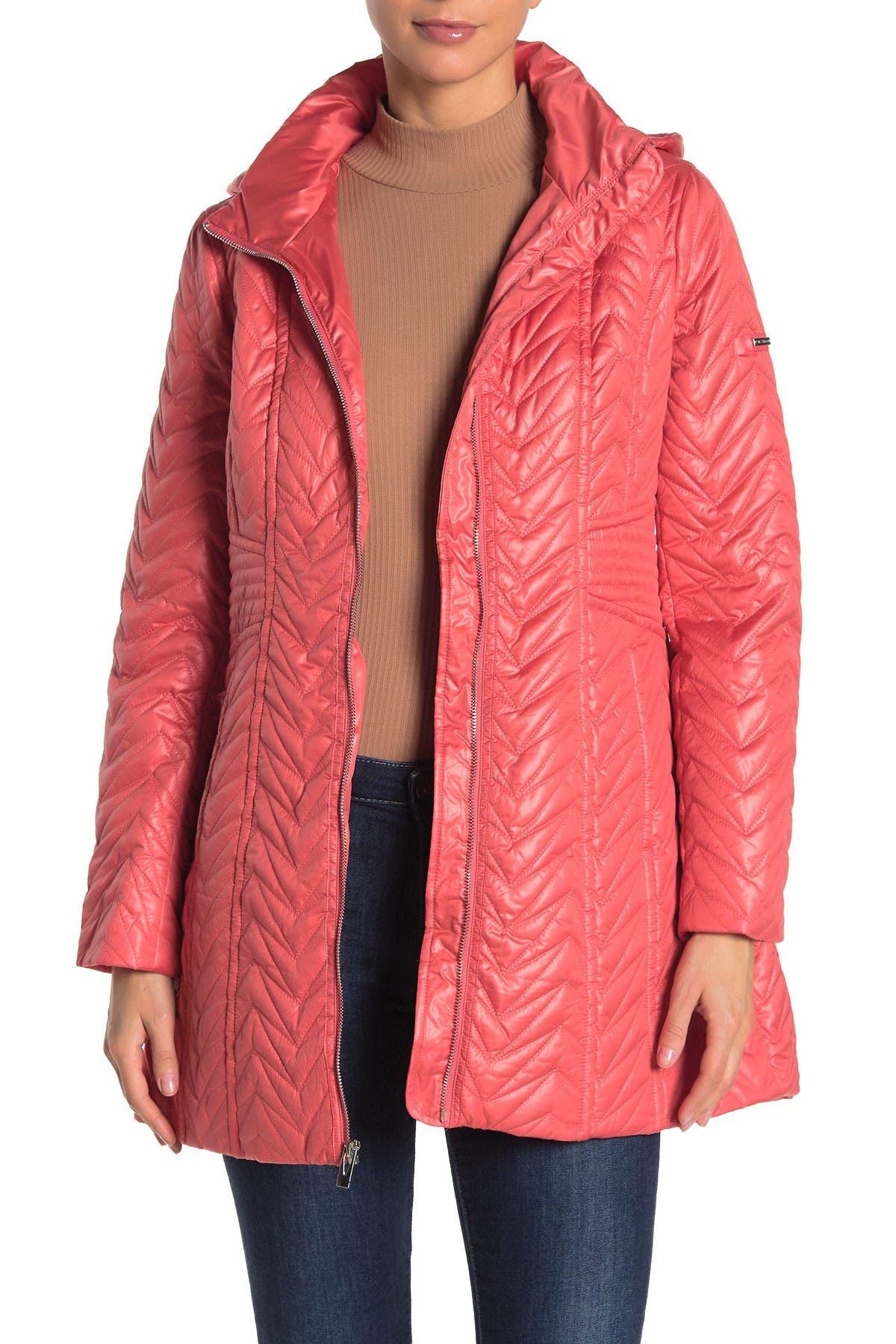 Image of Via Spiga Zigzag Quilted Detachable Hood Jacket