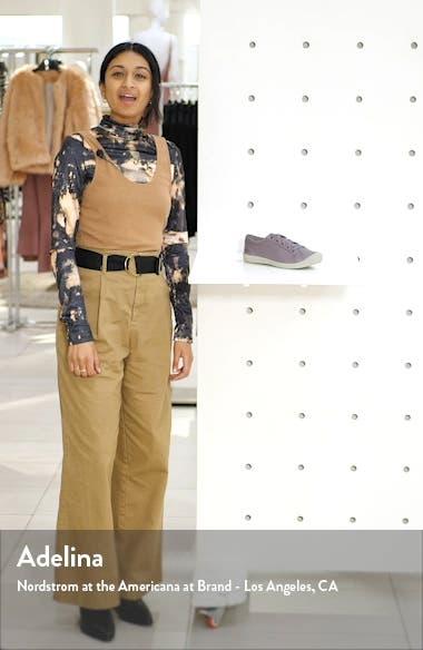 Lorelai Sneaker, sales video thumbnail