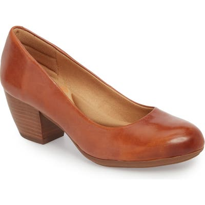 Comfortiva Amora Pump- Brown