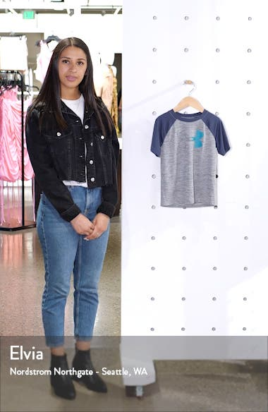 UA Twist Icon Graphic T-Shirt, sales video thumbnail