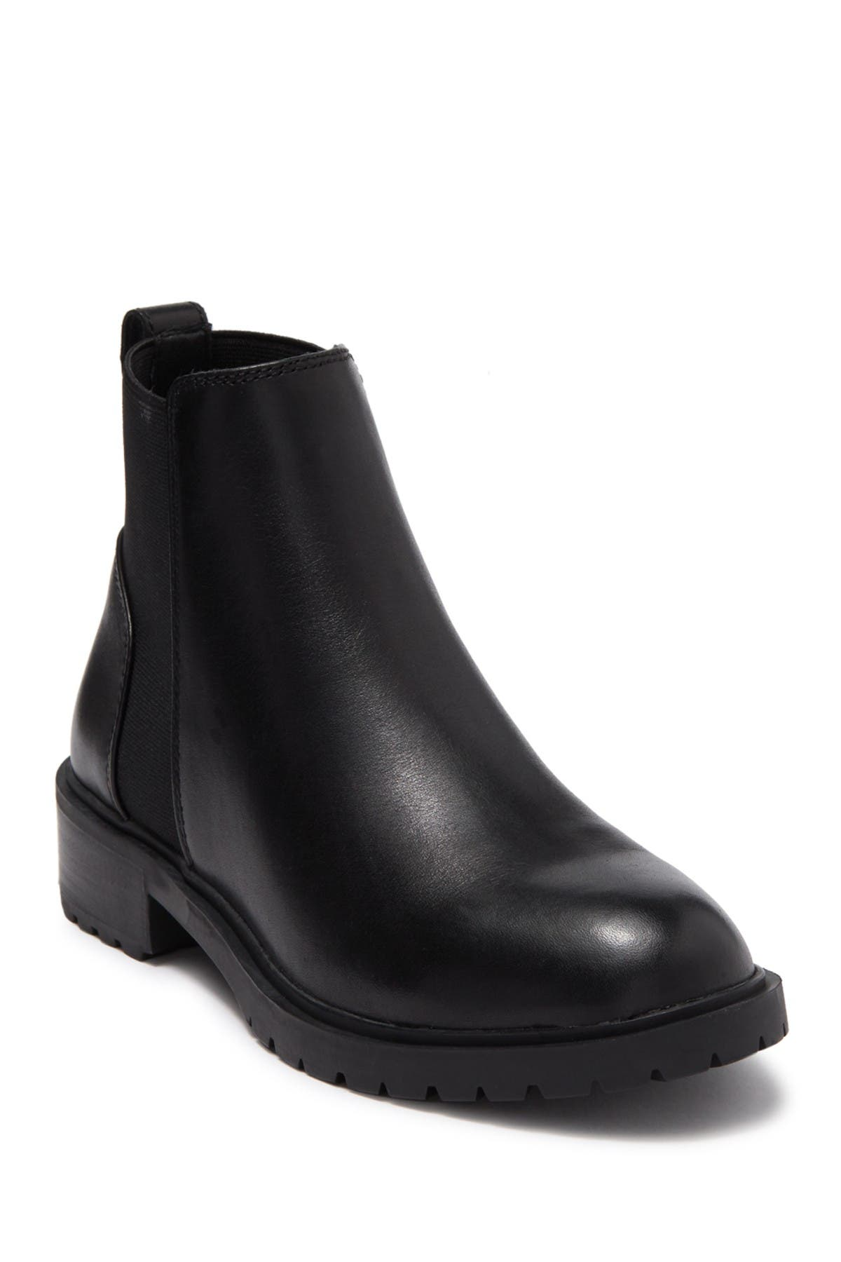 Steve Madden   Buzzing Ankle Boot