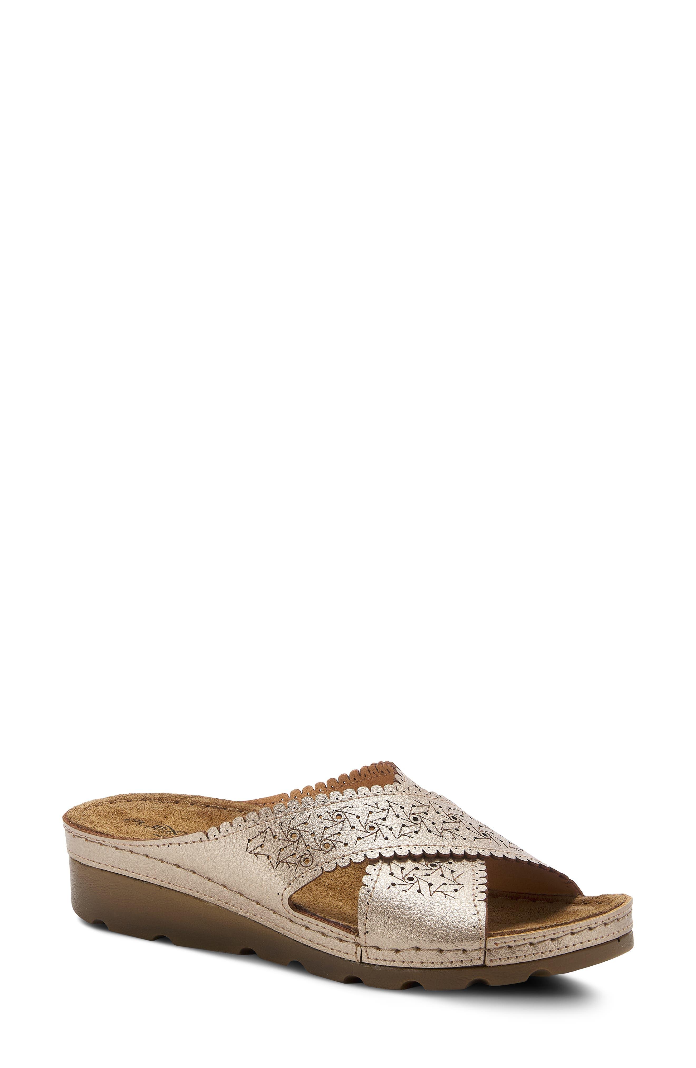 Passat Slide Sandal