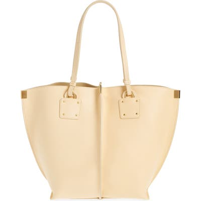 Chloe Vick Leather Tote - Beige