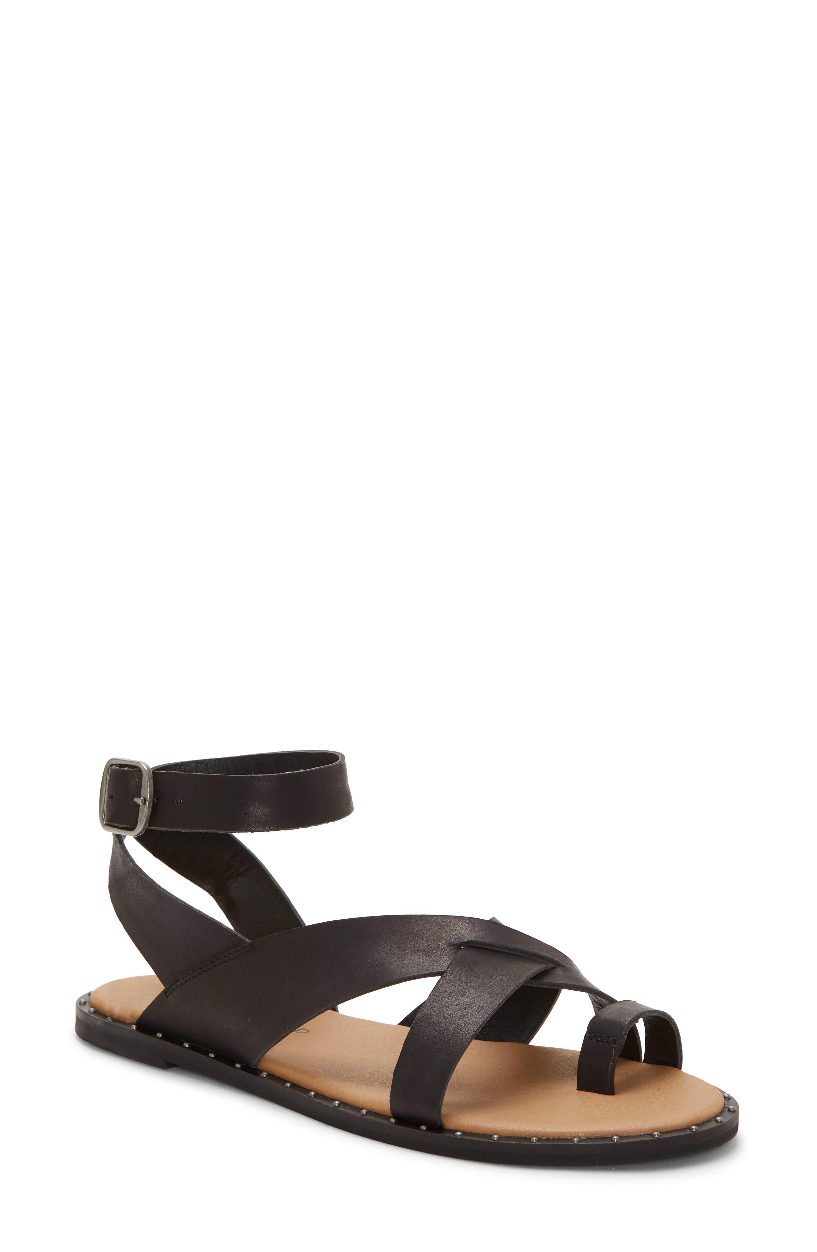 Lucky Brand Farran Toe Loop Sandal- Black