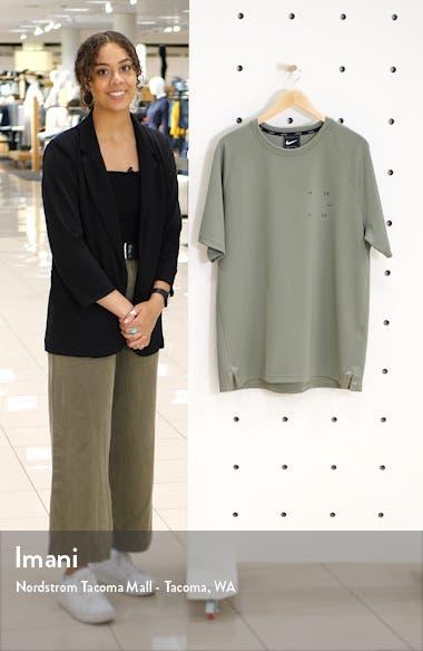 Tech Pack Short Sleeve T-Shirt, sales video thumbnail