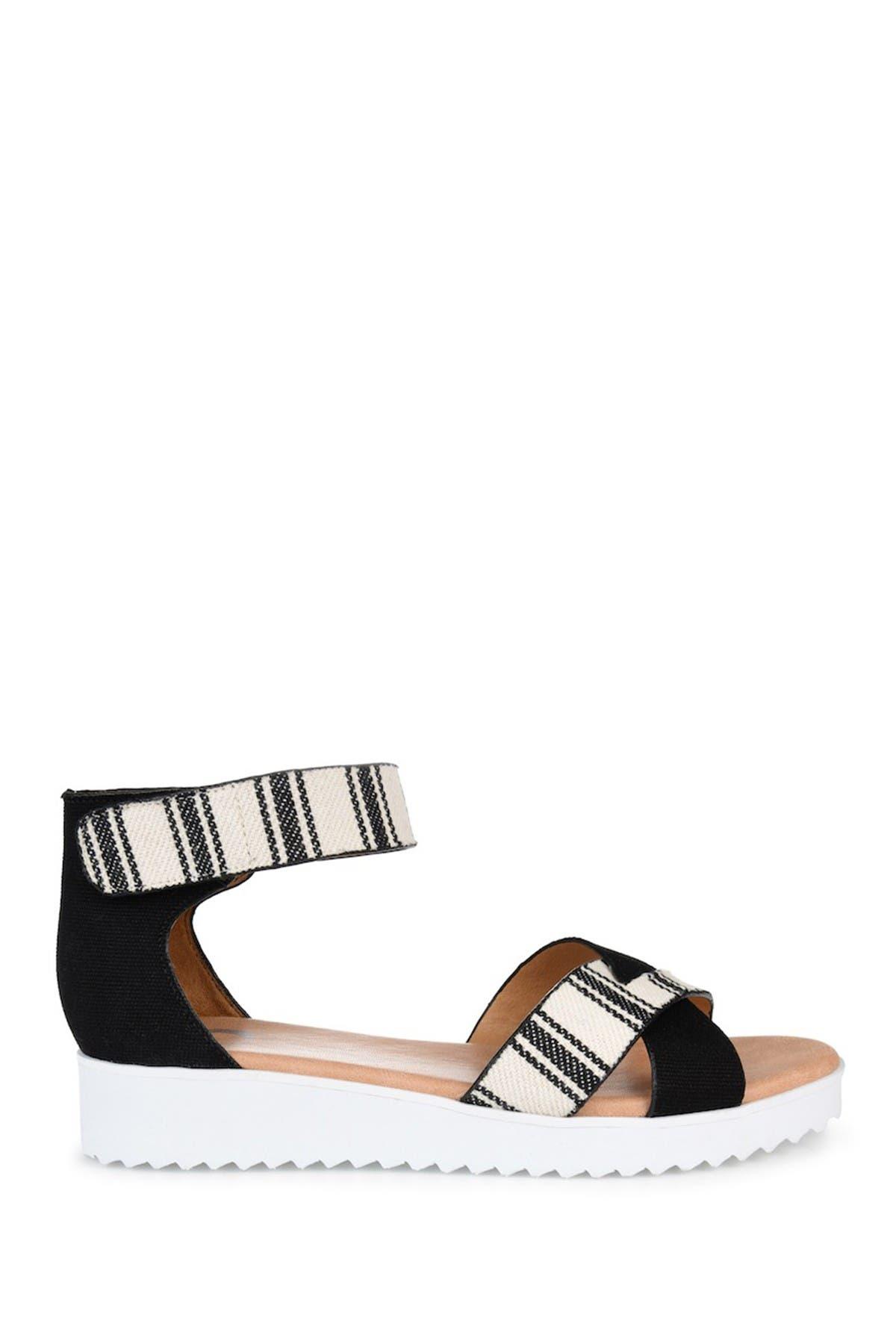 Journee Collection Sandals JAVA PLATFORM ANKLE STRAP SANDAL