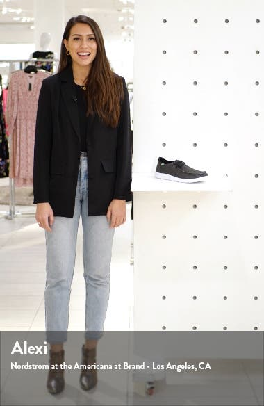 Shaka Sneaker, sales video thumbnail