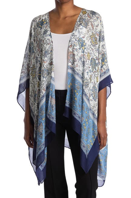 Image of Vince Camuto Paisley Block Topper