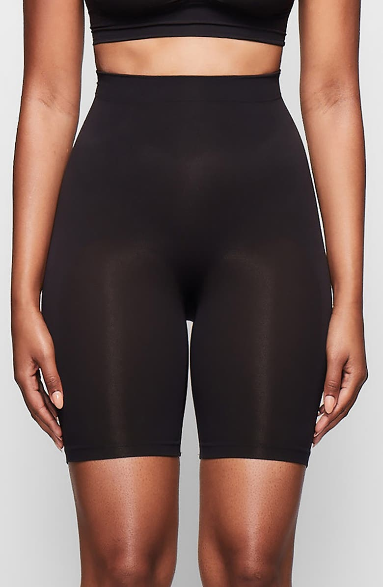 SKIMS Sculpting Seamless Mid Shorts, Main, color, ONYX