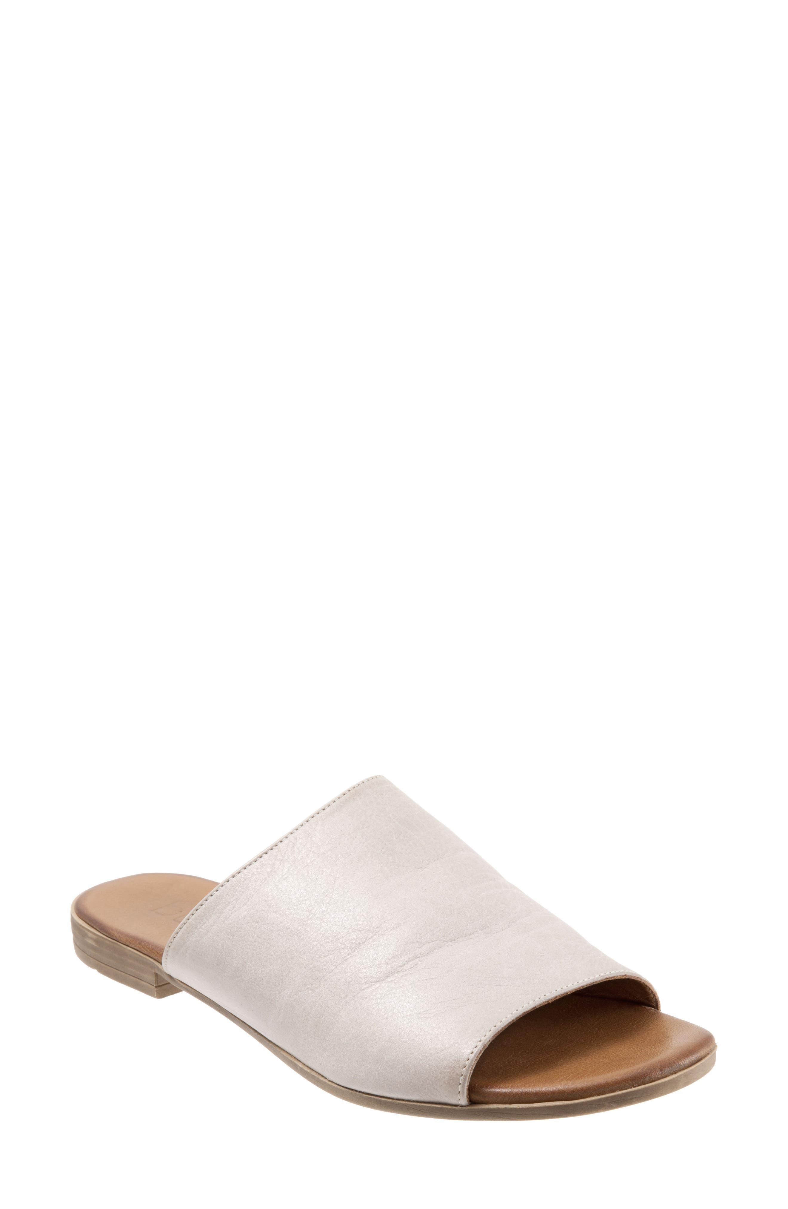 Bueno Jory Slide Sandal - Grey