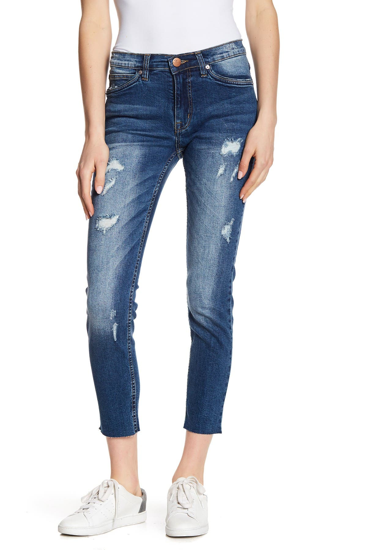 Image of SUPPLIES BY UNIONBAY Hart Distressed Cropped Skinny Jeans