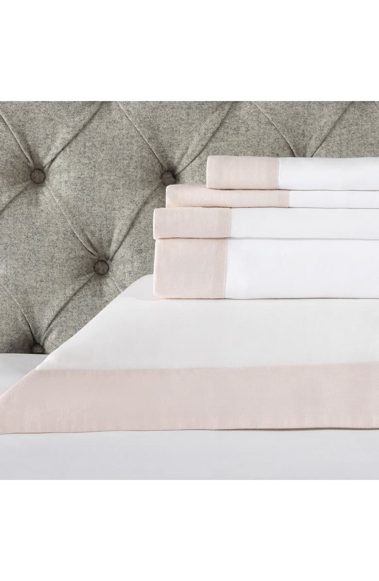 THE WHITE COMPANY Portobello 200 Thread Count Flat Sheet, Main, color, PETAL/ WHITE