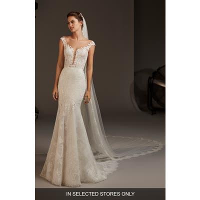 Pronovias Despina Lace Mermaid Wedding Dress, Size - Ivory