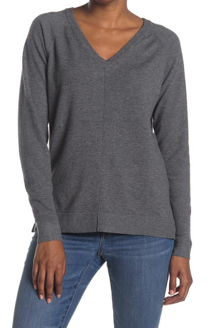 Image of Bobeau V-Neck Knit Pullover Sweater