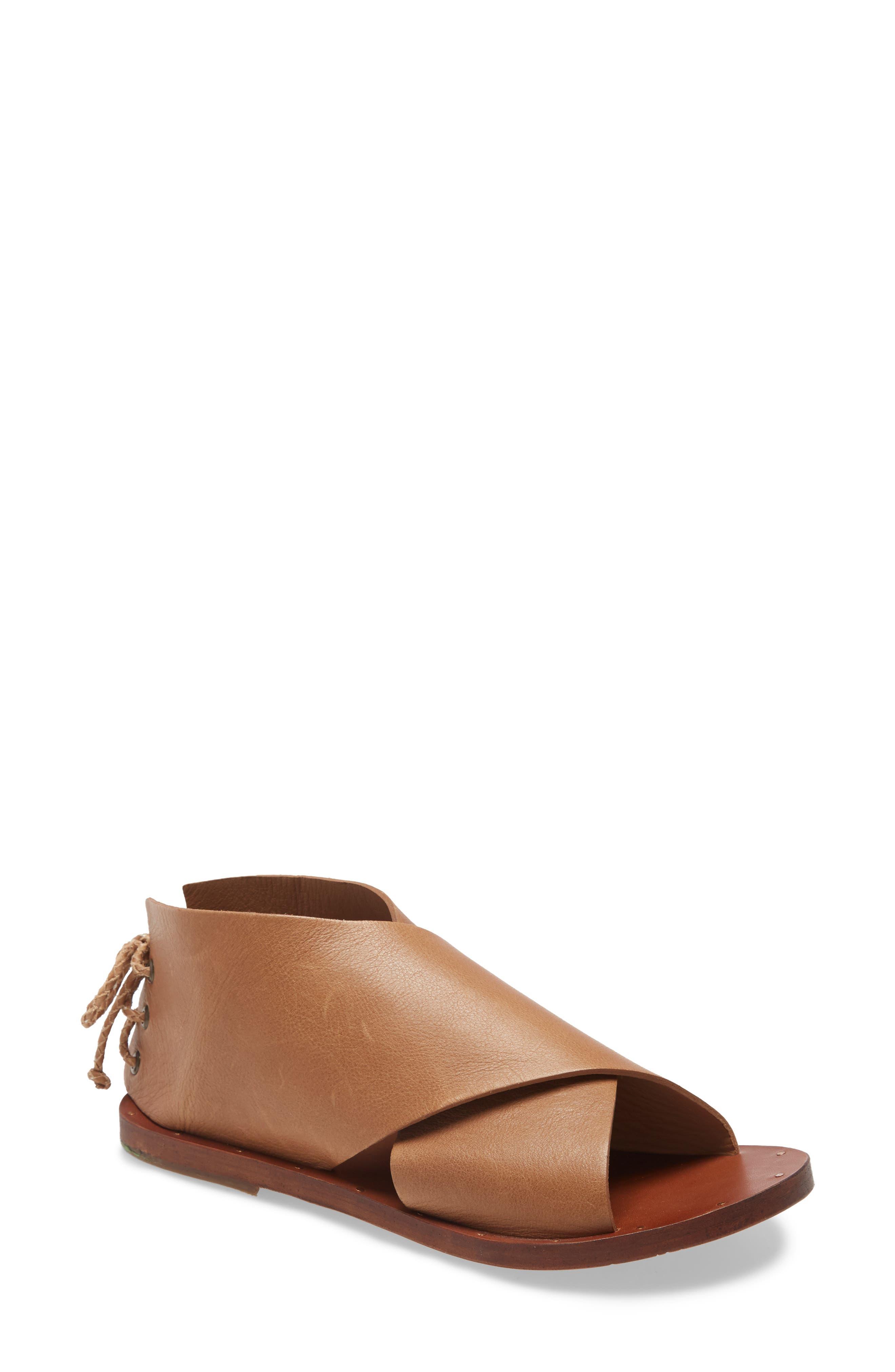 Loon Sandal