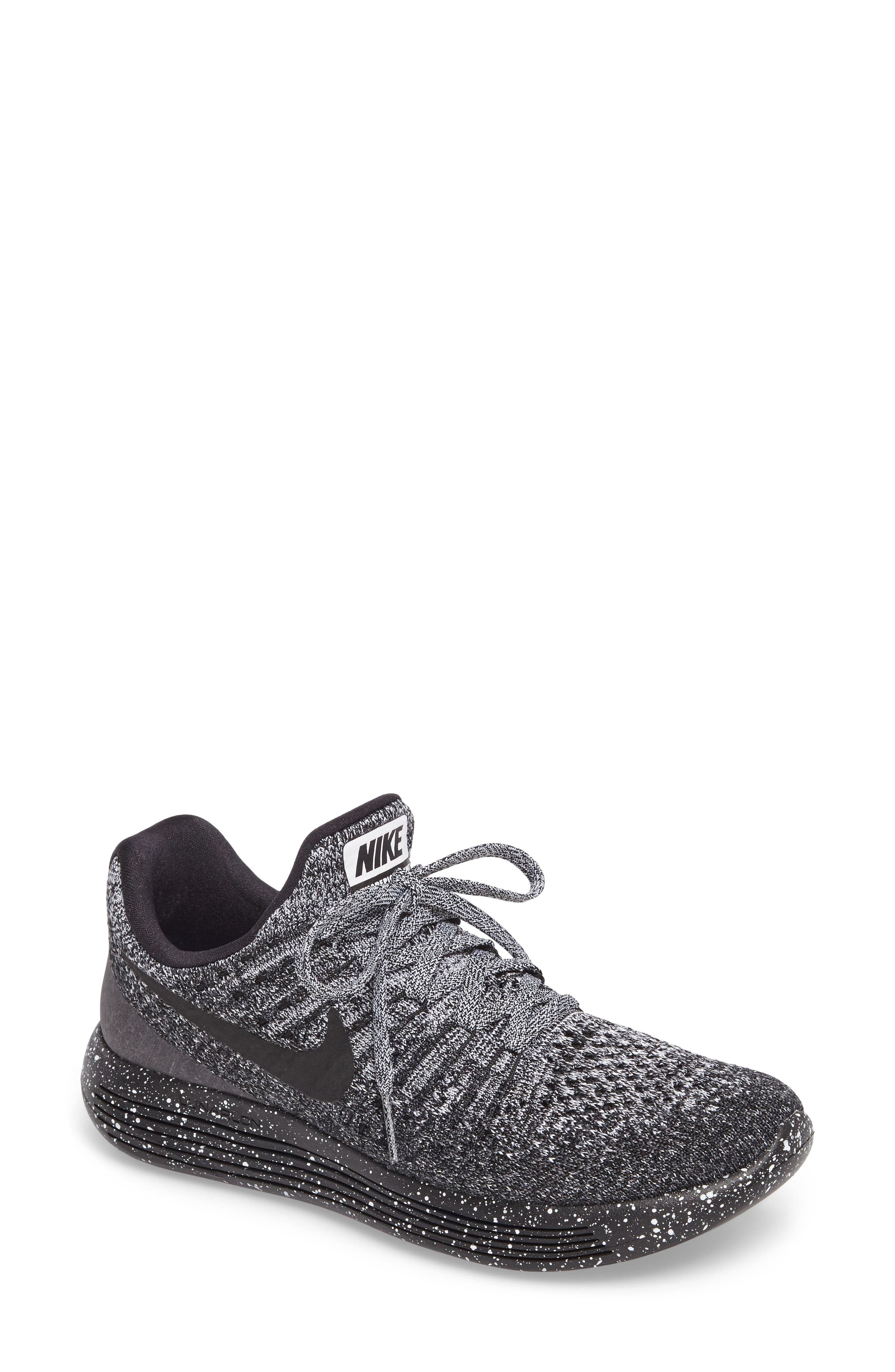 ,                             LunarEpic Low Flyknit 2 Running Shoe,                             Main thumbnail 41, color,                             026