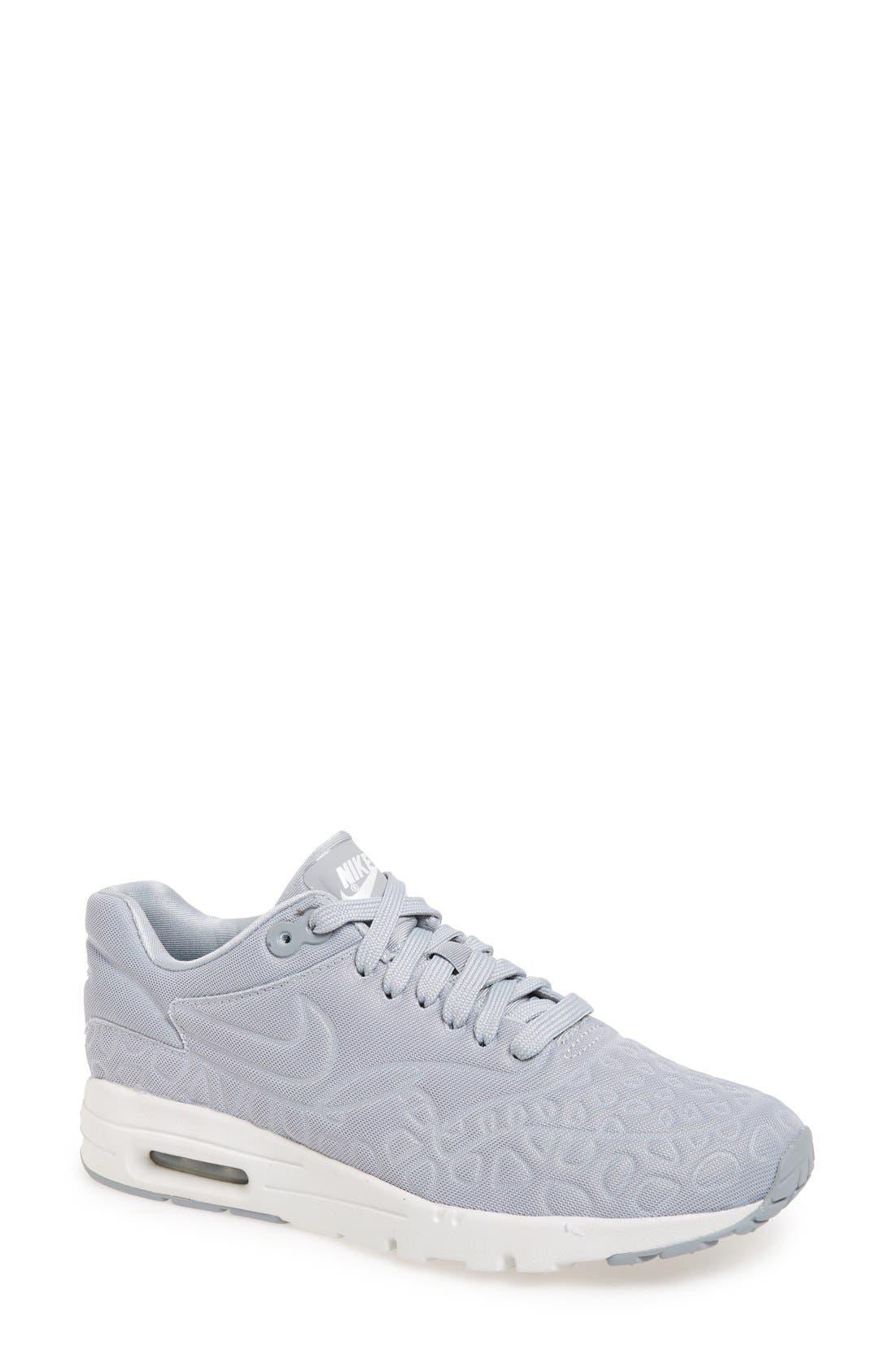 Nike 'Air Max 1 Ultra Plush' Sneaker