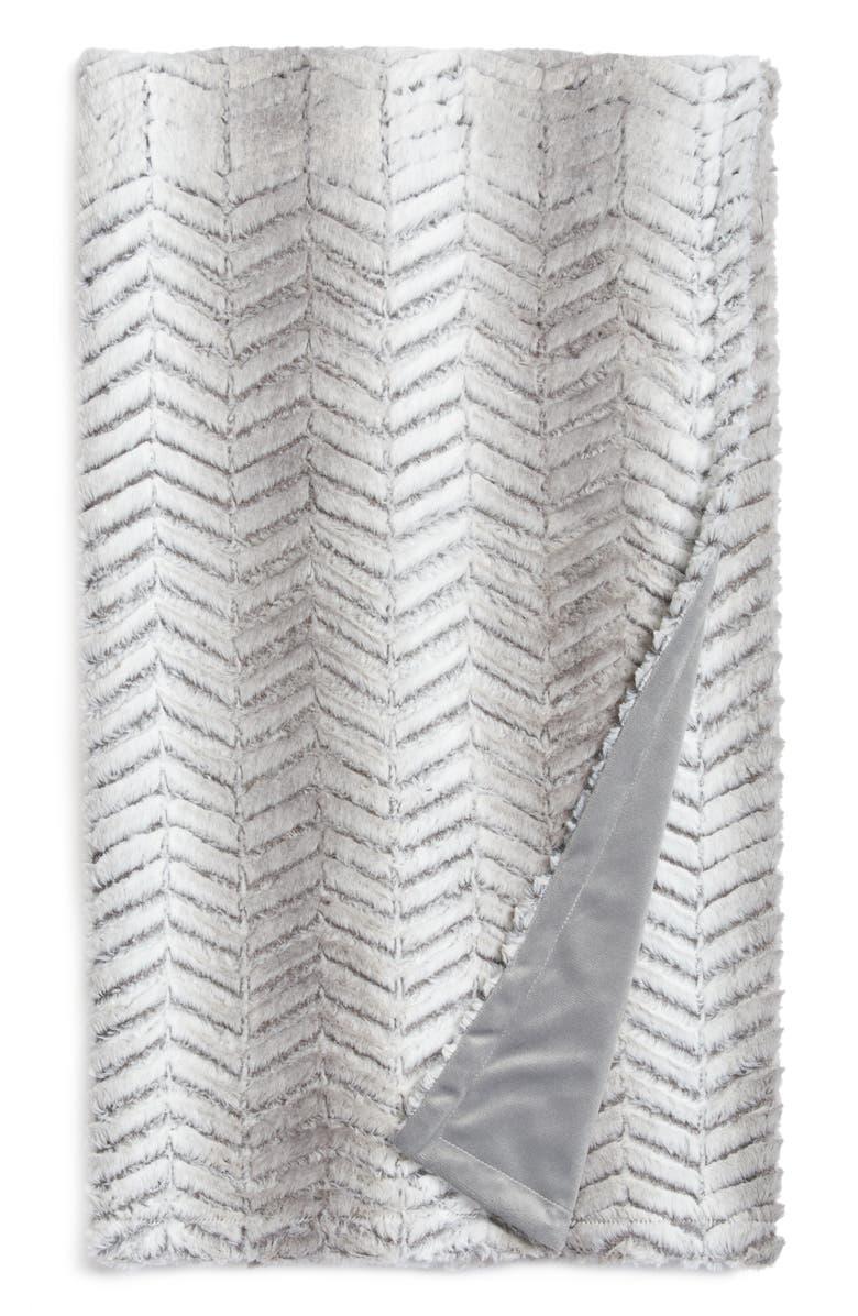 NORDSTROM Chevron Plush Faux Fur Throw, Main, color, 021