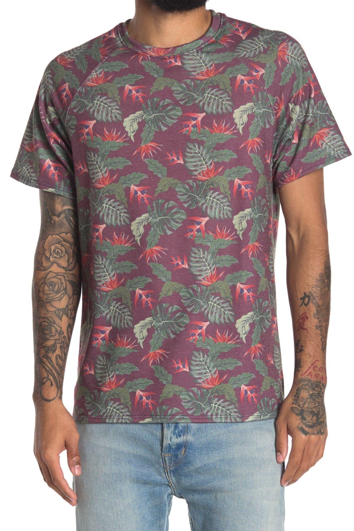 Image of Chillin Dylan Baja Man Tropical Print T-Shirt