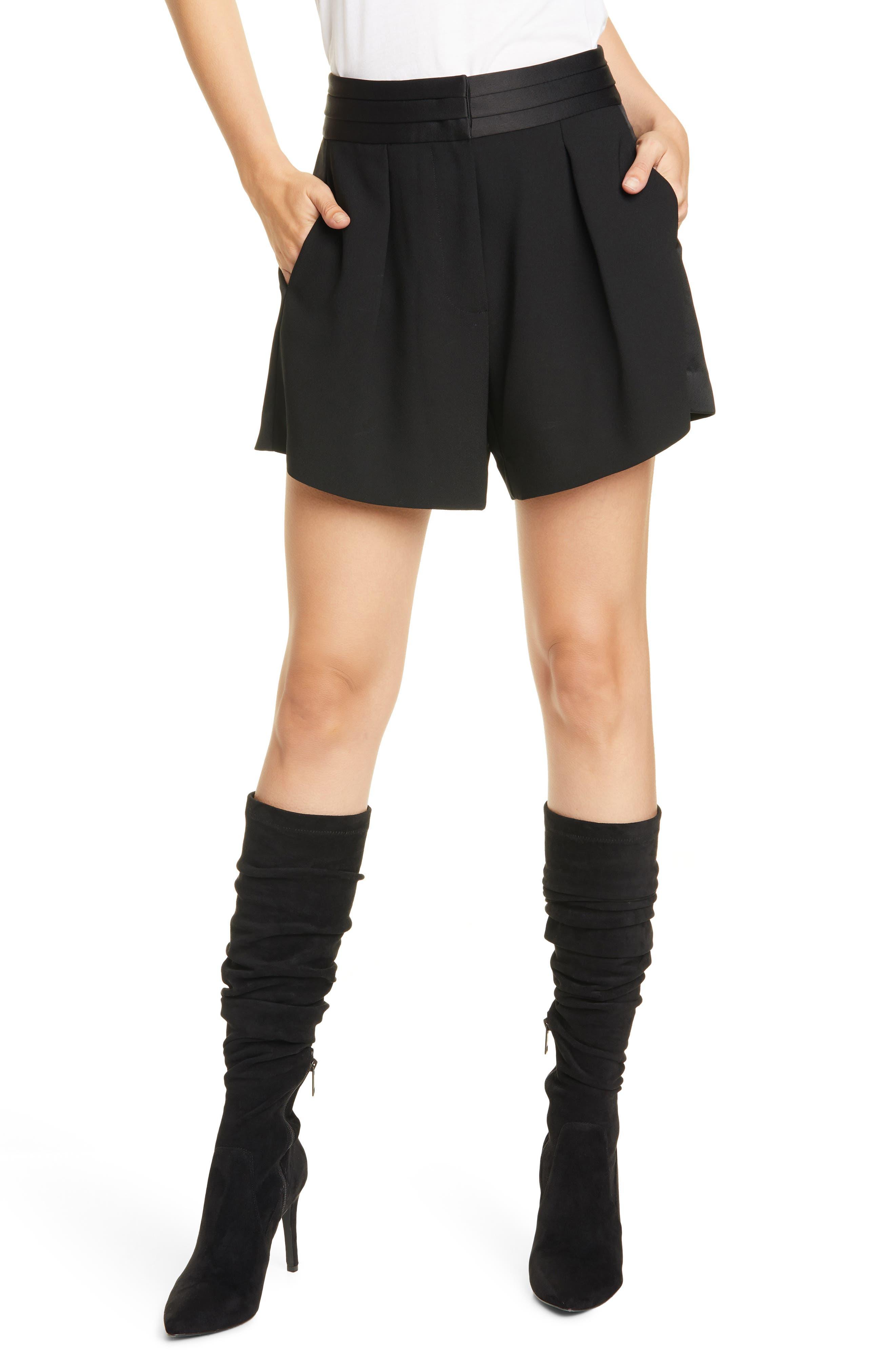Women's Frame Tux Pleated Shorts,  10 - Black