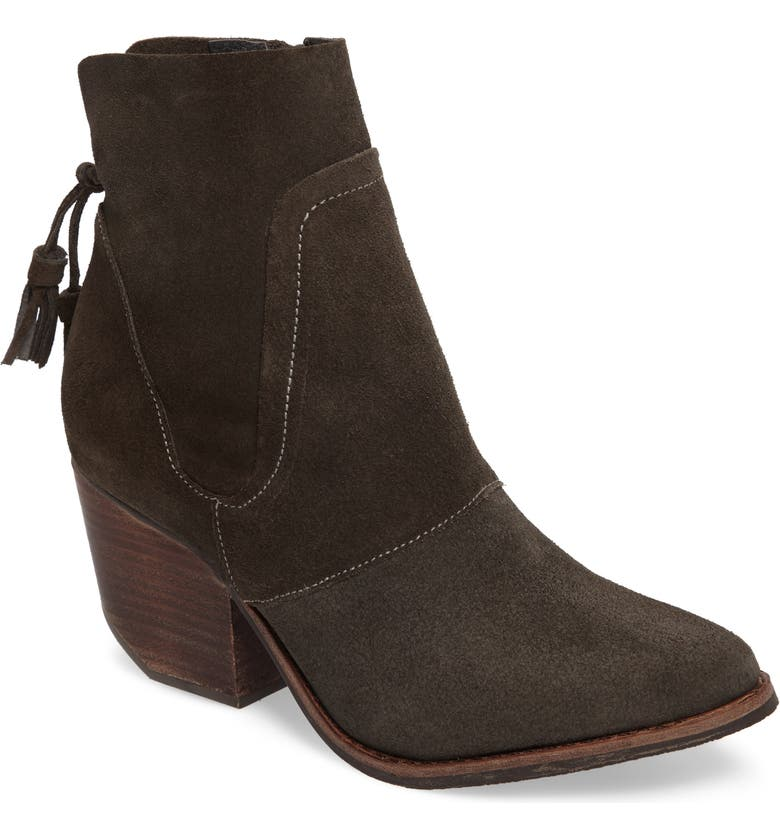 MATISSE Laney Notched Heel Bootie, Main, color, 020