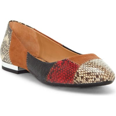 Jessica Simpson Gabrieli Mixed Media Flat- Brown