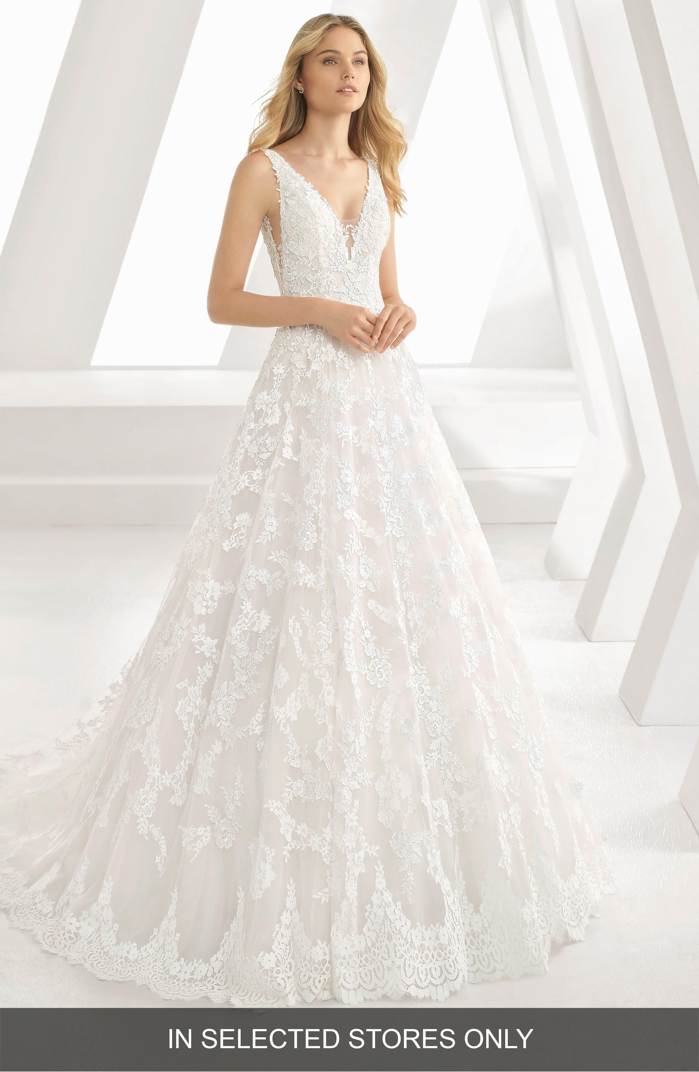 Rosa Clara Denice Illusion V-Neck Lace & Tulle Gown, Size - White