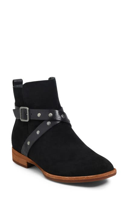 Nordstrom : Comfortable Shoes for Her Up to 60% Off