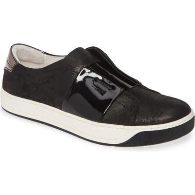 Johnston & Murphy Eden Slip-On Sneaker- Black