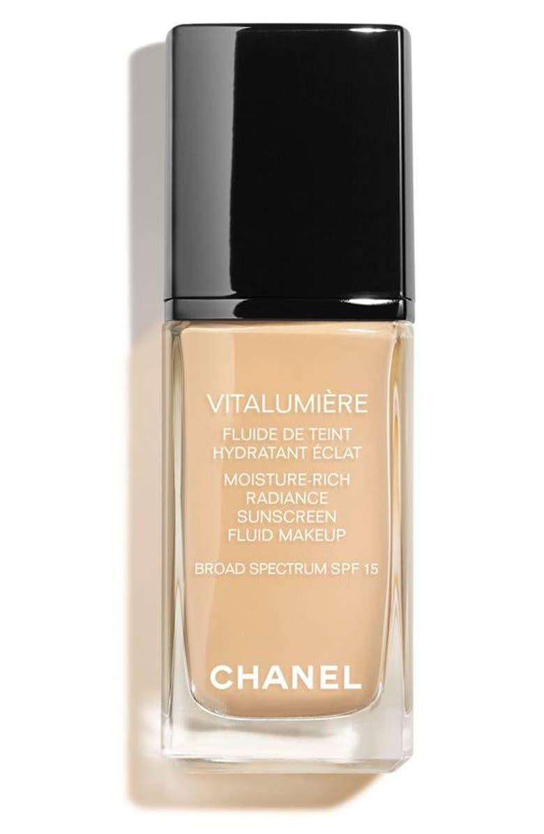 CHANEL VITALUMIÈRE <br />Moisture-Rich Radiance Sunscreen Fluid Makeup Broad Spectrum SPF 15, Main, color, 20 CLAIR
