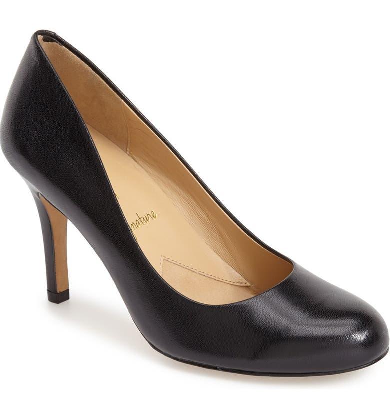 TROTTERS 'Signature Gigi' Round Toe Pump, Main, color, BLACK