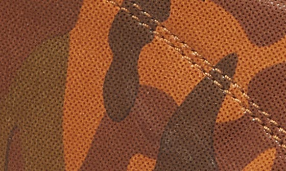 TAN CAMOUFLAGE LEATHER