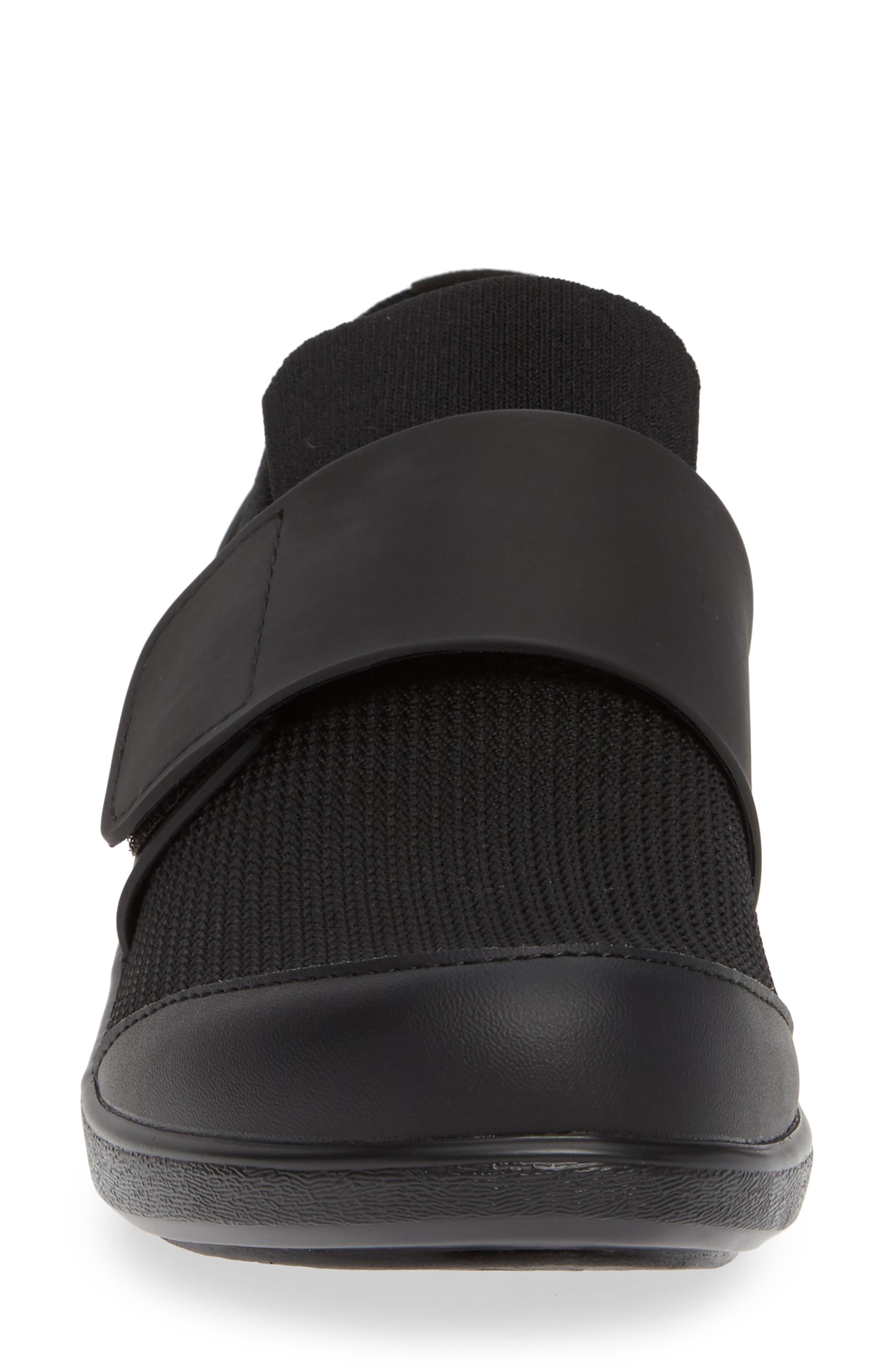,                             Qwik Sneaker,                             Alternate thumbnail 4, color,                             BLACK OUT LEATHER