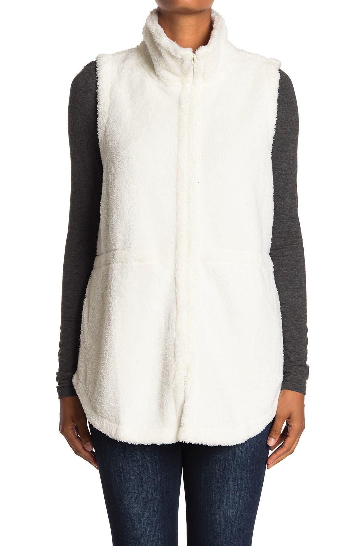 Tommy Bahama Plush Fleece Vest