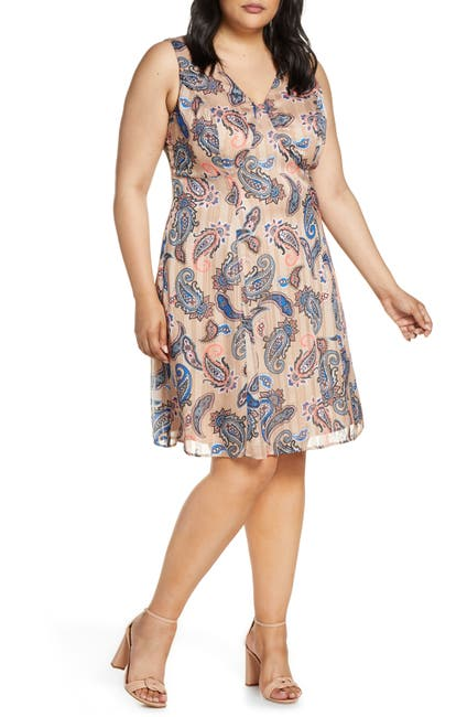 Image of Maree Pour Toi Paisley Print Sleeveless Dress