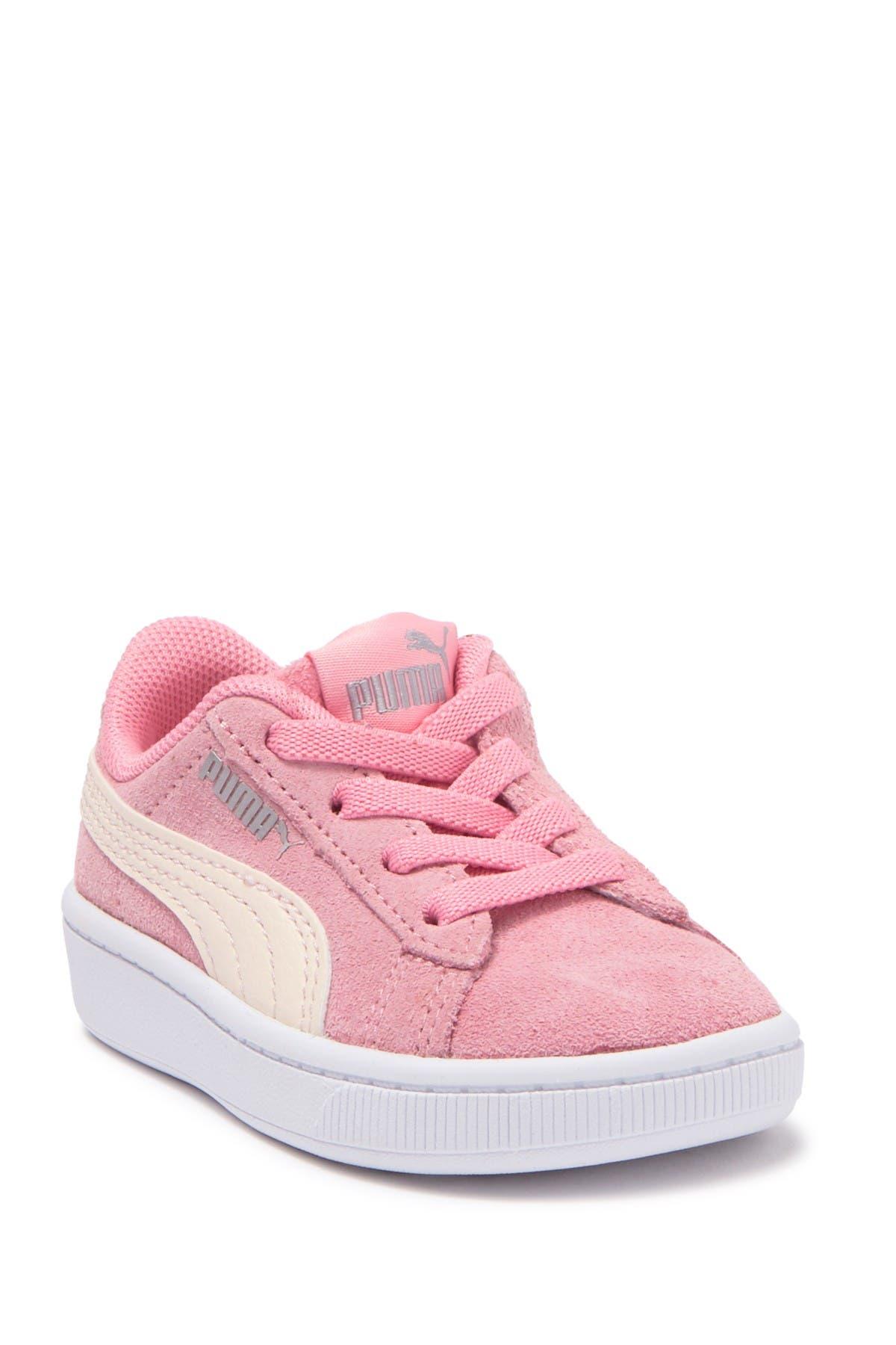 PUMA | Vikky V2 Suede Sneaker