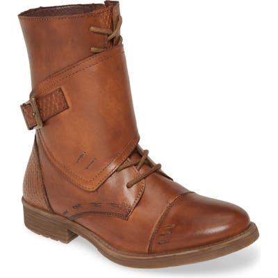 Roan Deception Buckle Boot, Brown