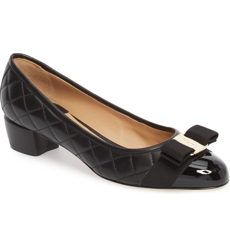 SALVATORE FERRAGAMO Vara Pump, Main, color, BLACK