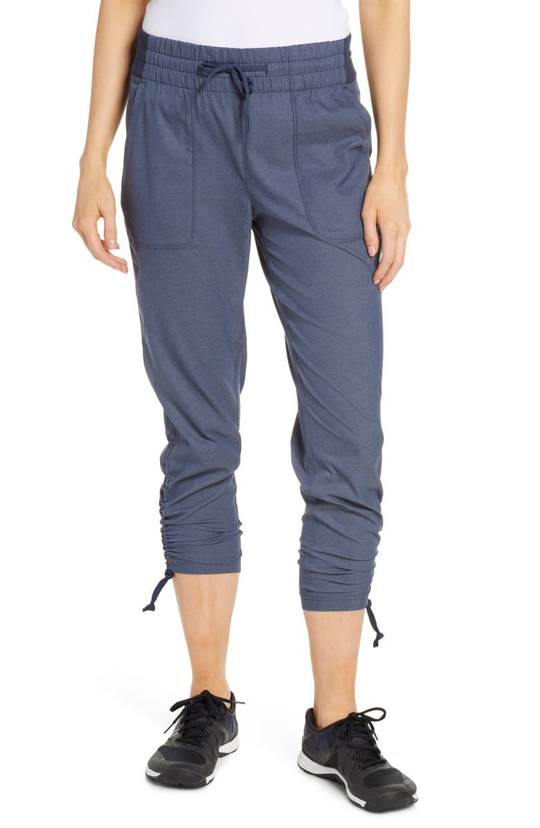 THE NORTH FACE Aphrodite Motion 2.0 Capri Pants, Main, color, URBAN NAVY HEATHER