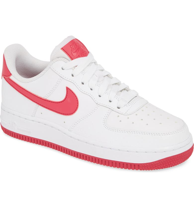 Air Force 1 '07 Sneaker