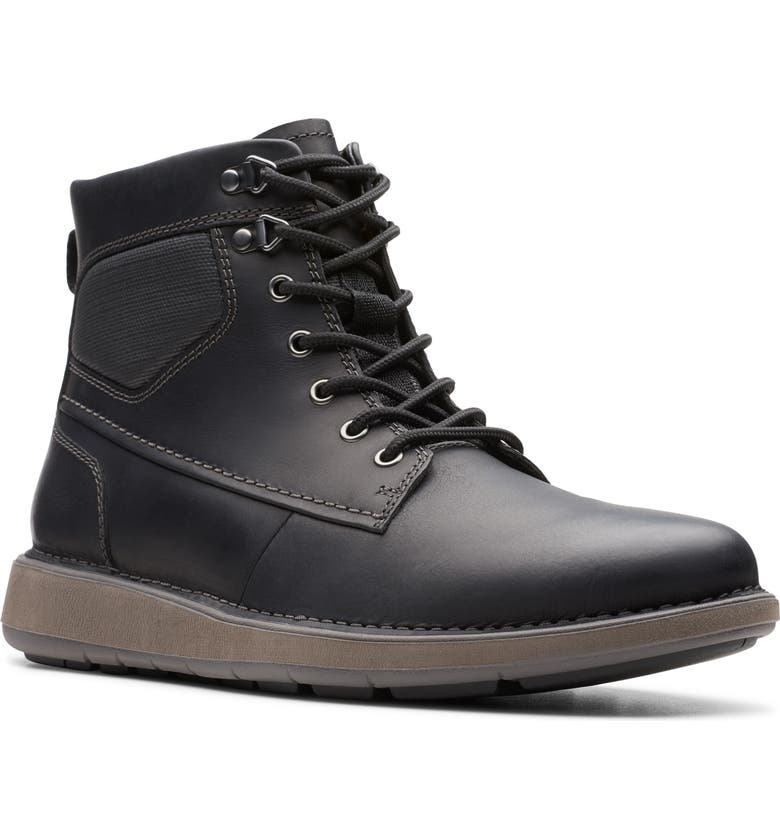 CLARKS<SUP>®</SUP> Un.Larvik Plain Toe Boot, Main, color, BLACK OILY LEATHER