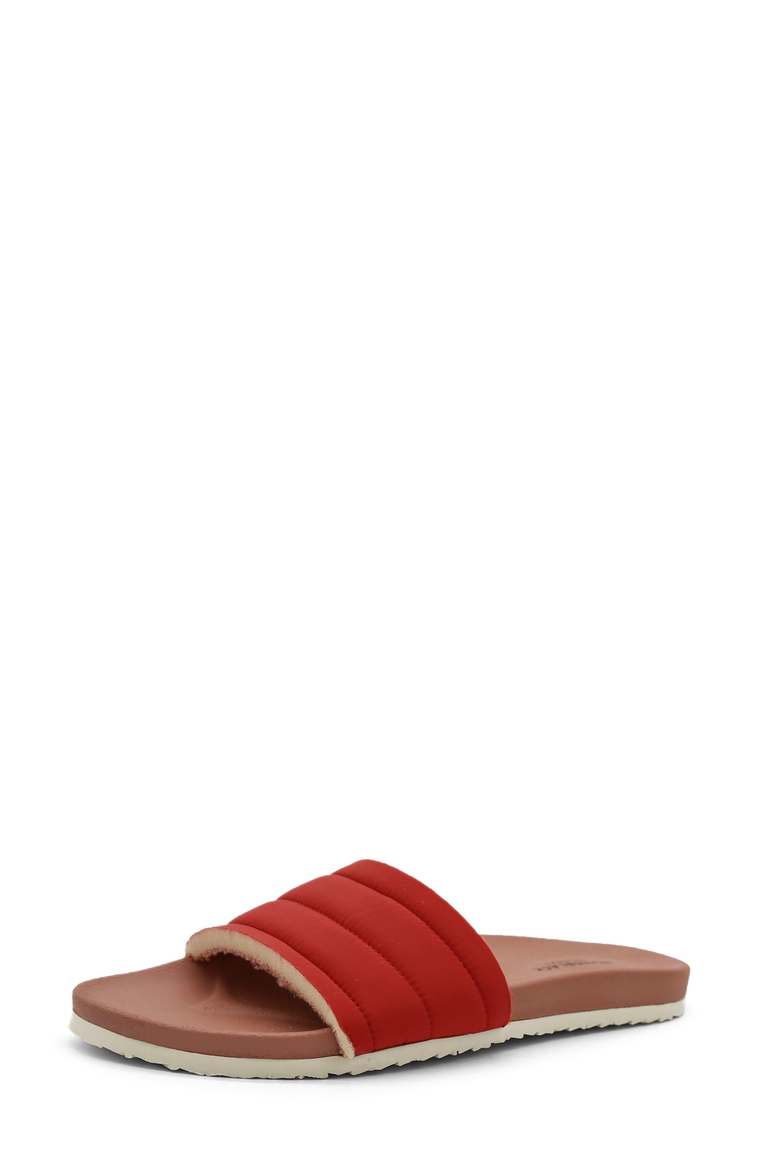 Bonito Slide Sandal