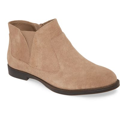 Bella Vita Rory Bootie- Brown