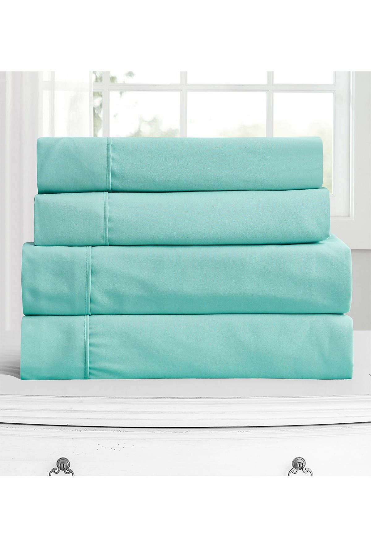 Image of Rejuve MD King 130 GSM 4-Piece Superior Luxury Microfiber Sheet Set - Green