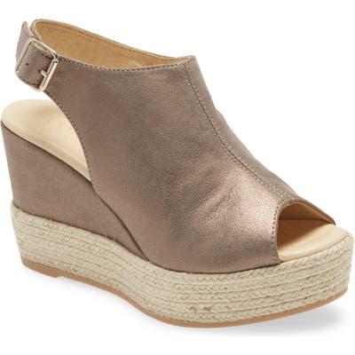 Cordani Elvine Peep Toe Platform Sandal - Metallic