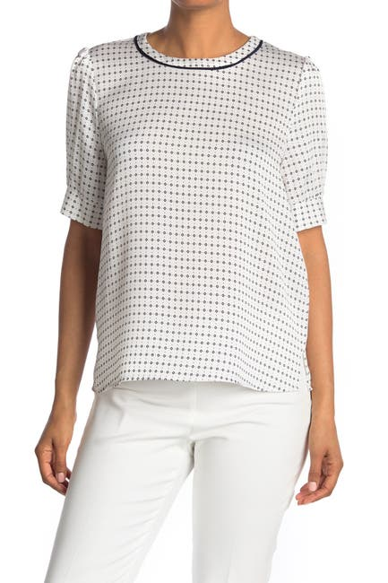 Image of Vince Camuto Geo Print Crepe Blouse