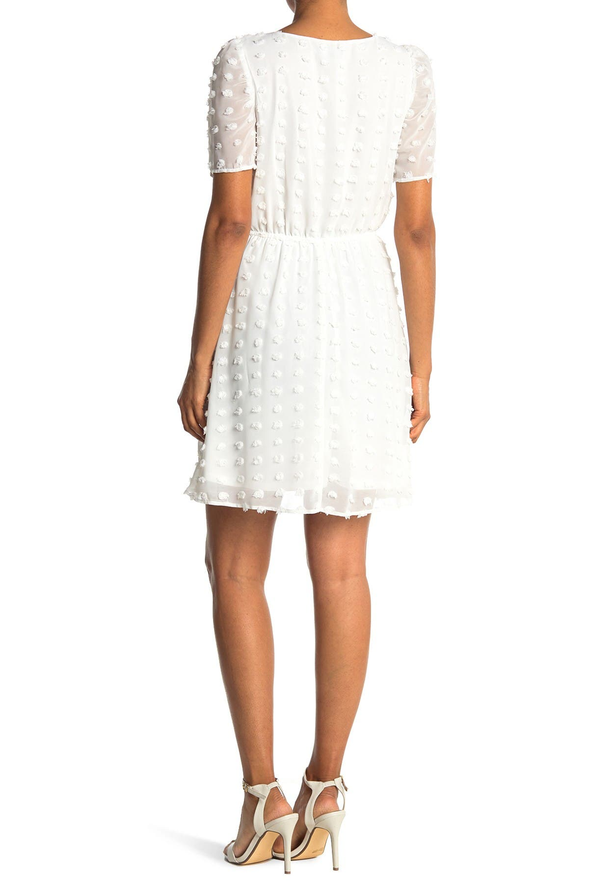 Image of KENEDIK Clip Dot Short Sleeve Dress